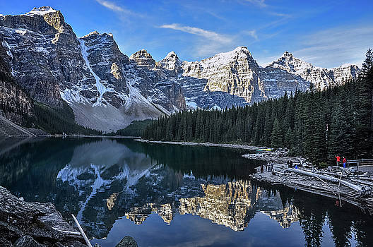 Good morning at Lake Moraine, Canada by Daniela Constantinescu