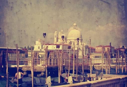 Lois Bryan - Good Morning Venice