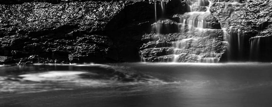Gooseberry Falls Panoramic by Lonnie Paulson