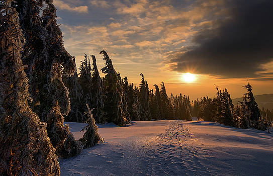 Gorce Mountains sunset by Swen Stroop