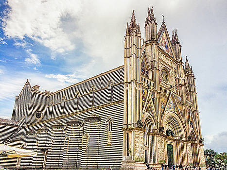 Lisa Lemmons-Powers - Gothic Cathedral in Orvieto