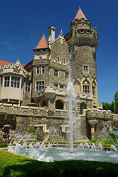 Reimar Gaertner - Gothic revival architecture of Casa Loma castle tower in Toronto