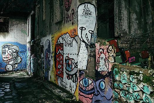 James Billings - Graffiti in Plaka ii