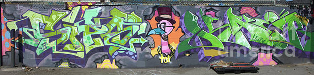 Chuck Kuhn - Graffiti Los Angeles