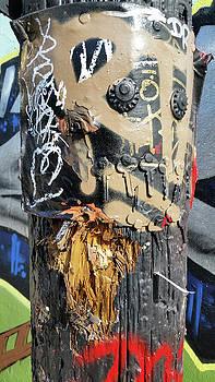 Graffiti pole by Zac AlleyWalker Lowing