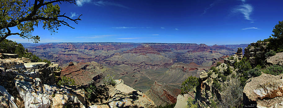 Grand Canyon Panorama by Rafn Stefansson