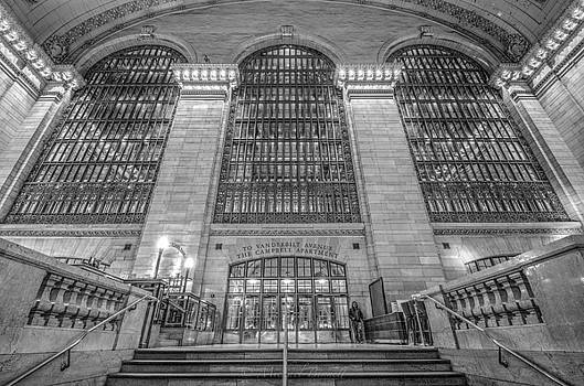 Grand Central Station by Michael  Bennett
