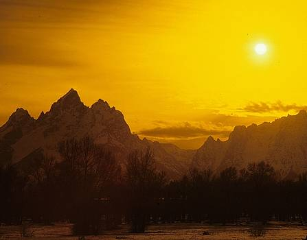 Grand Teton Sunspot  by Philip Bobrow