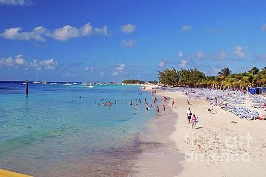 Gary Wonning - Grand Turk Beach