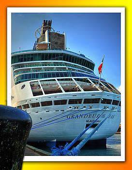 Bill Swartwout Fine Art Photography - Grandeur of the Seas at Nassau