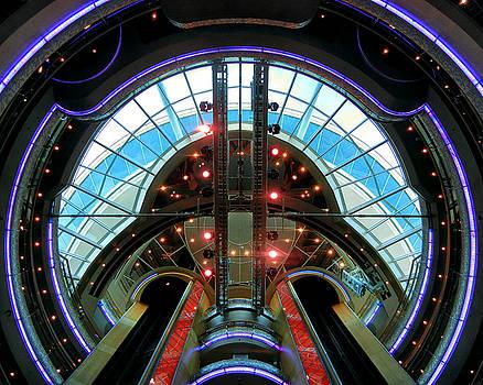 Bill Swartwout Fine Art Photography - Grandeur of the Seas Purple Centrum