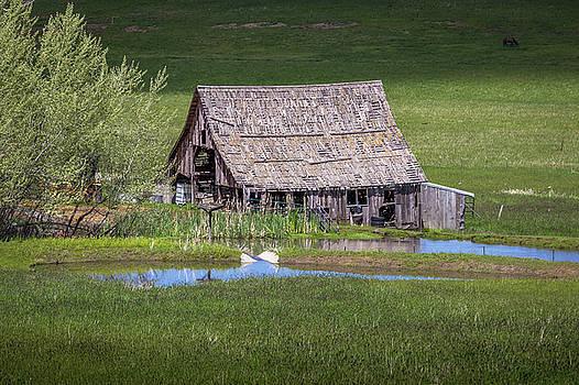 Grangeville Barn by Brad Stinson