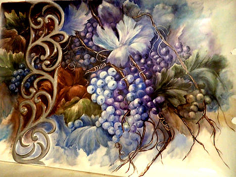 Grapes on porcelain tray by Patricia Rachidi