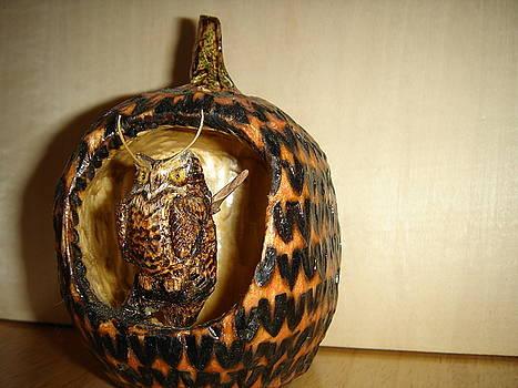 Great Horned Owl on Branch Pumpkin by Dakota Sage
