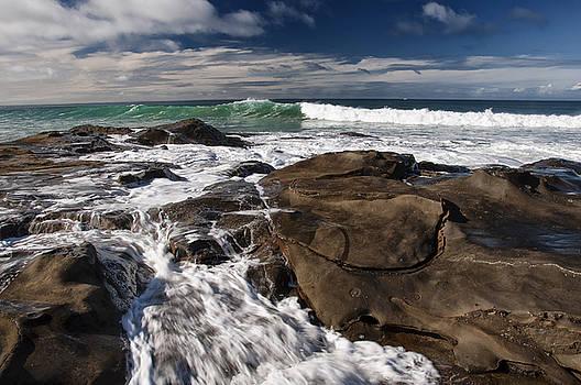 Great Ocean Road by Gej Jones
