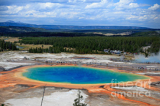 Great Prismatic Spring   by DS Dodd