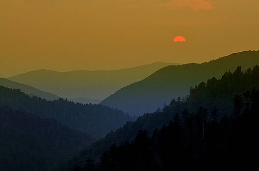Expressive Landscapes Fine Art Photography by Thom - Great Smoky Mountain sunset