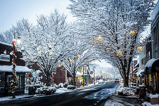 Great Smoky Mountains NC Winter In Waynesville by Robert Stephens