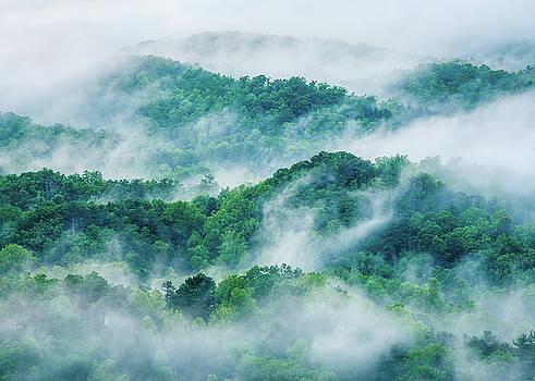 Great Smoky Mountains TN Smoke And Ridges  by Robert Stephens