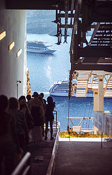 Eduardo Huelin - Greece Santorini island Oia village cableway to the port