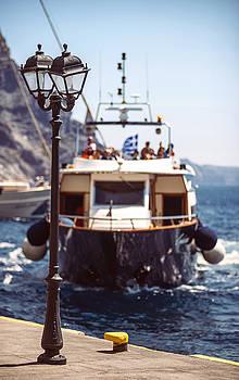 Eduardo Huelin - Greece Santorini Island Ship arriving to the port