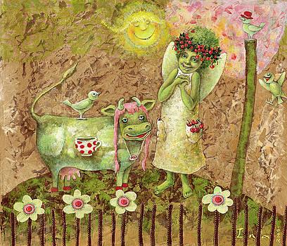 Green Angel by Una Lune