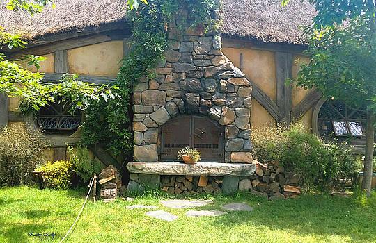Kathy Kelly - Green Dragon Inn Photo