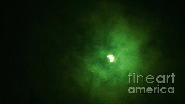 Green Eclipse by Nightmare's Eye Photography
