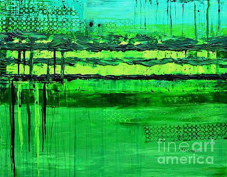 Green flow by Mariana Stauffer