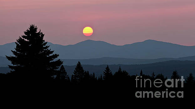 Green Mountain Sunset 2 by Alan L Graham