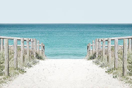 Green Patch Beach by Emma Lucas