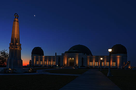 Griffith Observatory and Crescent Moon at Blue Hour by Ram Vasudev