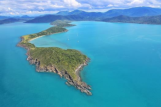 Grimston Point and Woodwark Bay in The Whitsundays by Keiran Lusk