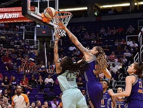 Griner Blocks Zellous by Devin Millington