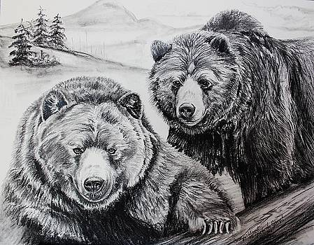 Grizzly Pair by Carolyn Valcourt