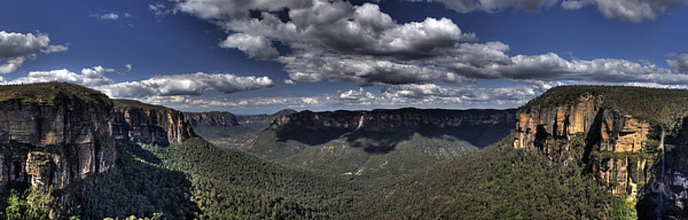 David Iori - Grose Valley from Govetts Leap lookout NSW Australia