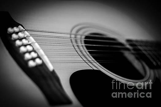 Guitar4 by Bob Mintie