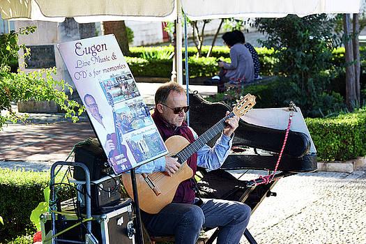 Harvey Barrison - Guitarist Performing in the Plaza Duquesa de Parcent