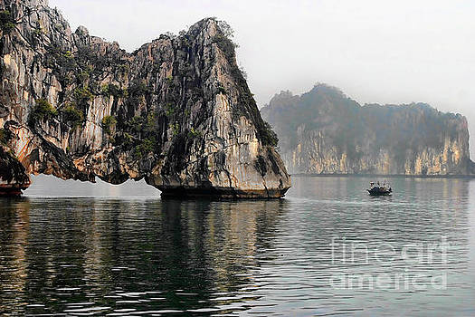 Chuck Kuhn - Ha Long Bay III
