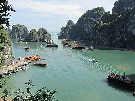 Ha Long Bay Vietnam by Chris Vernieri