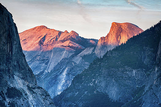 Half Dome Sunset by Niall Whelan
