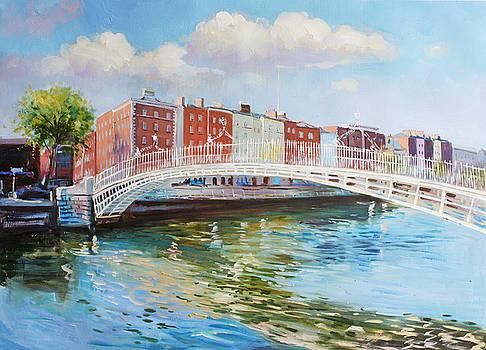 Halfpenny Bridge Dublin by Conor McGuire