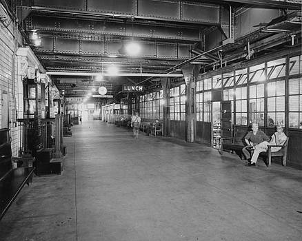 Chicago and North Western Historical Society - Hall Beneath the Chicago Passenger Terminal - 1961