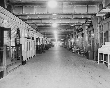 Chicago and North Western Historical Society - Hallway Under the Chicago Passenger Terminal - 1961
