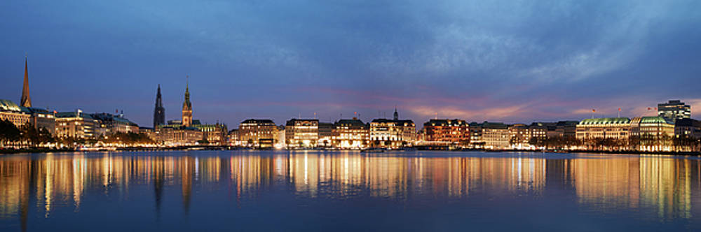 Hamburg Alster Panorama by Marc Huebner