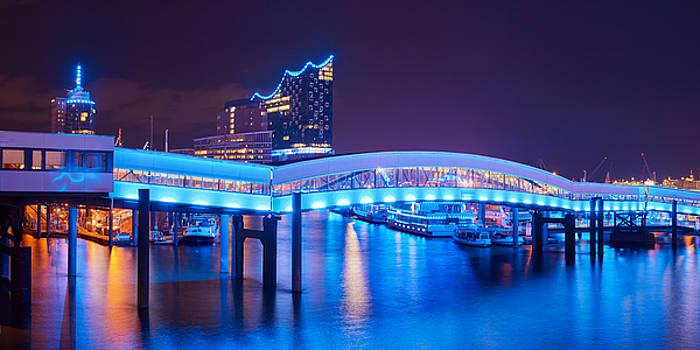 Hamburg Blue Port 2015 by Marc Huebner