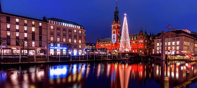 Hamburg Christmas Market by Pixabay
