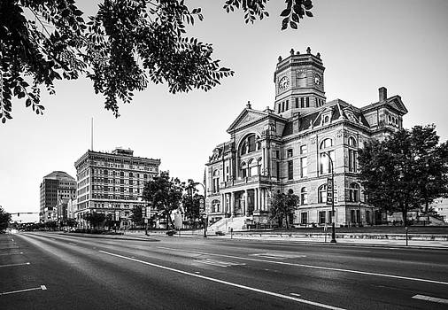 Hamilton Ohio High Street by Greg Grupenhof