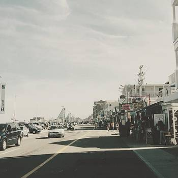 Hamptonbeach Boardwalk by Jennifer  Murray