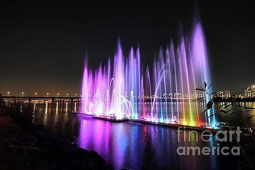 Hangang River Fountain by Jason Fortenbacher